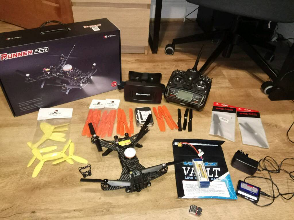 Walkera Runner 250 Racing Drone With Devo7 Transmitter Ready To Fly Fpv