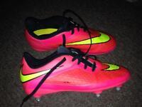 Football boots/astros