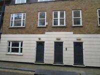 MODERN TWO DOUBLE BED FLAT OFF SHOREDITCH HIGH STREET (380 PER WEEK)