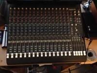 Mackie CR-1604 VLZ Mixer