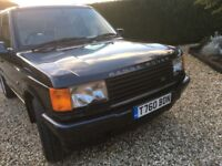 RANGE ROVER P38 EXCELENT EXAMPLE . MANY BRAND NEW PARTS FITTED RELUCTANT SALE DUE TO STORAGE