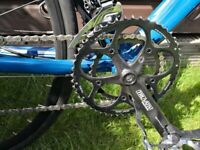 Eastway Flat Bar Road Bike with disc brakes size Large