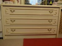 3 Drawer Chest-Vintage look.