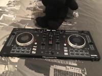 Numark Mixtrack Platinum DJ Controller (with jog wheel displays)