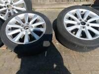 Lexus alloy wheels and tyres