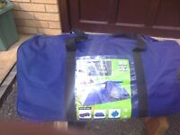 tent family pack as new