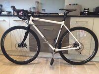 Genesis CROIX DE FER 20 Cyclo-Cross/Adventure/Hybrid bike