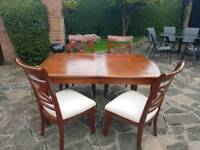 Stunning chunky solid table & 4 chairs - can deliver