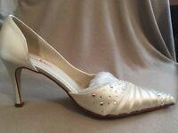 NEW Bridal couture Swarovski Ivory Satin shoe