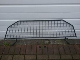 Travall dog guard Ford fusion 2005-2012 powder coated very sturdy guard good condition.