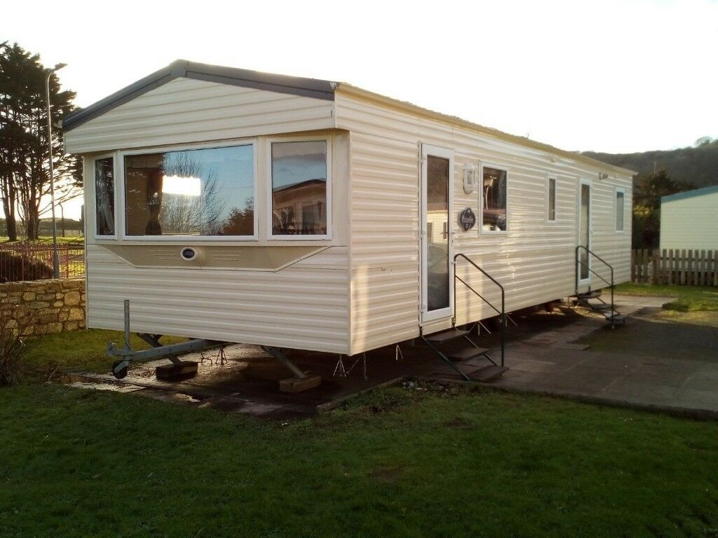 Static family holiday caravan 2 minutes from Pendine Sands beach