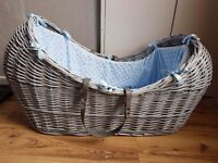 Clare De Lune Noah Pod Moses Basket Grey With Blue Dimple Covers