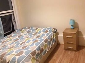 Large double room close to Medway Hospital