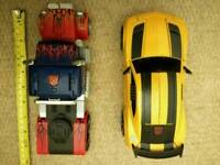 Transformers electronic Optimus Prime & Bumblebee vechicles
