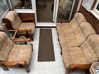 Three piece sofa set very good condition could deliver