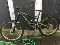 Yt Capra in very good condition size L ,27.5 wheels