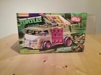 Turtles Party Wagon New in the box