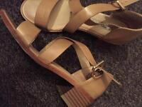 2 pair of women's sandals size 6