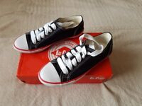 Lee Cooper Trainers Sneakers Shoes Size 4 Unisex