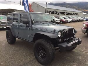 2014 Jeep Wrangler Unlimited Willys w/Lift & extras