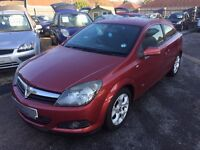 2005/55 VAUXHALL ASTRA 1.4i 16V SXI SPORT HATCH 3 DOOR,RED,GOOD CONDITION,LOOKS AND DRIVES WELL