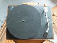 AR 2-speed turntable.