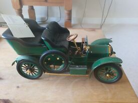 Franklin mint. Bently 1929 . and Rolls Royce 1905