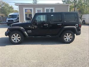 2012 Jeep WRANGLER UNLIMITED Sport 4WD WITH REMOVABLE HARDTOP