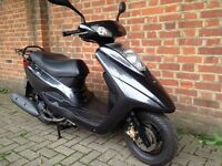Yamaha Vity 125 , 2010 in excellent condition legal learner scooter 125cc moped