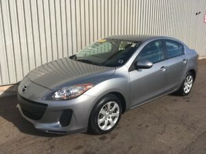 2013 Mazda Mazda3 GX LOW KMs | GREAT ON FUEL | GOOD SHAPE AND...