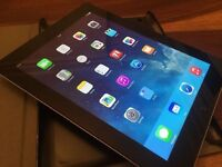 IPAD 3 64GB, MINT CONDITION, CASE, HEADPHONES, CHARGER
