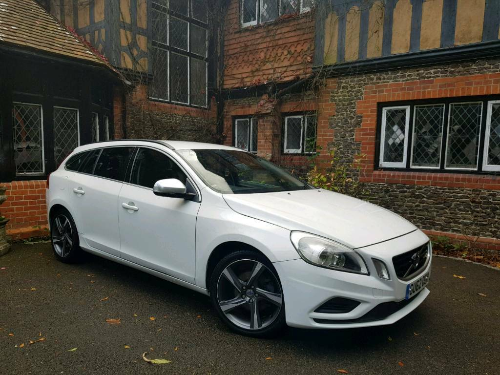 2013 volvo v60 r design d3 nav in farnham surrey gumtree. Black Bedroom Furniture Sets. Home Design Ideas