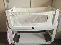 White snuzpod 3 in 1 crib with ad-ons