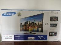 """Samsung 32"""" LED TV with Freeview HD - boxed"""