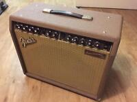 Acoustic guitar amplifier Fender Acoustasonic 30 DSP Combo