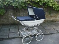 Mothercare coach built pram