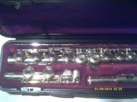 YAMAHA YFL 211 S FLUTE , In SILVER PLATE ( NOT the NICKEL PLATED ONE ) In MINT CONDITION