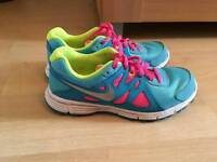 Nike Gym shoes worn once size 5