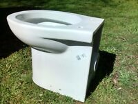 For sale white toilet and cistern, not compatible with each other