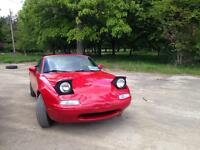 Mazda MX-5 Miata 1990 with hard top