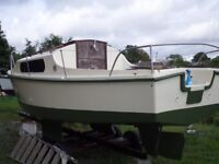 18 foot boat yacht. CASH ONLY (ono)