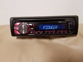 CAR HEAD UNIT PIONEER CD MP3 PLAYER WITH USB AUX AND RCA 4 x 50 WATT STEREO AMPLIFIER RADIO