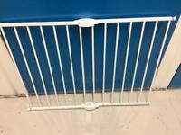 NEW Lindam Child Safety Gate