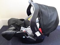::::::: Mothercare Car Seat :::::::