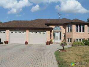 $349,900 - Raised Bungalow for sale in LaSalle
