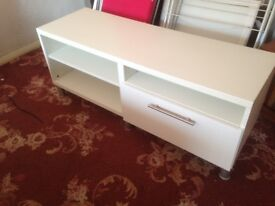 White TV Cabinet Quality not cheap