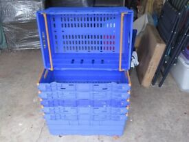 6 Packing crates