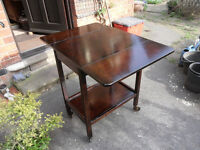 Early 20th Century Extending Tea Trolley / Occasional table. Excellent Condition.