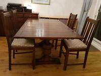 Beautiful Antique Dining Table & 4 Chairs