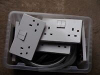 ELECTRIC SOCKETS: